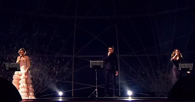 Билан, Гагарина и Ани Лорак спели  памяти Хворостовского – «Toi et moi»!