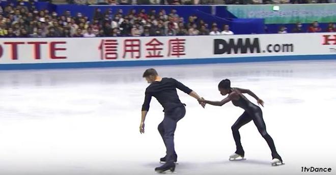 Когда началась песня ″Звук тишины″, эти двое сотворили на льду нечто невероятное!