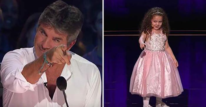 Саймон не верит, что 5-летняя девочка сможет исполнить композицию Синатры, но ошибается – посмотрите, какой восторг вызвала Софи у всех зрителей в зале