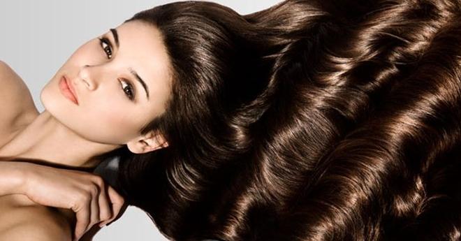 Пользуйтесь этими хитростями, когда моете голову, и ваши волосы всегда будут блестящими и здоровыми