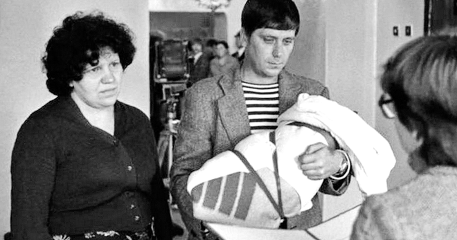 Кто же воровал молодость большинства советских женщин
