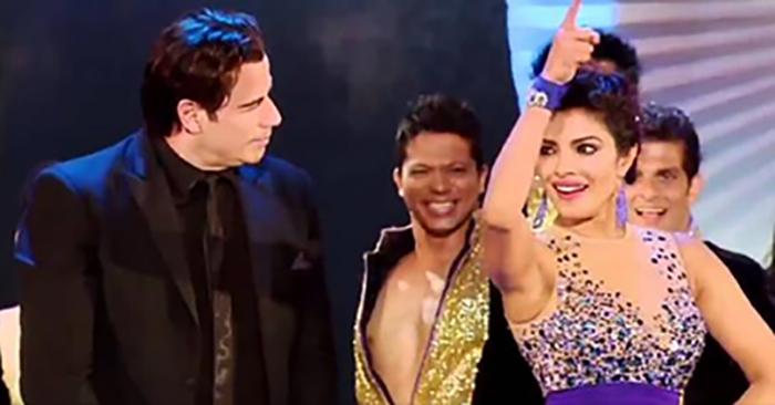 Траволта танцует индийский танец с Приянкой Чопра. Как же он хорош!