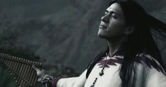 В каждой стране мира эту музыку вспоминают и боготворят. Leo Rojas — Der einsame Hirte