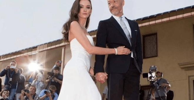 Свадебное платье Паулины Андреевой похоже на наряд принцессы