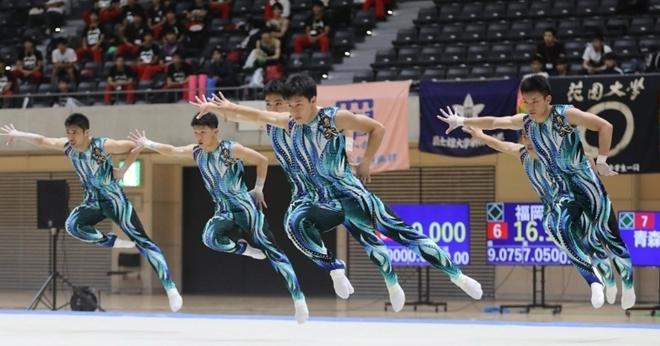 Мужская команда по художественной гимнастике. Красота какая!