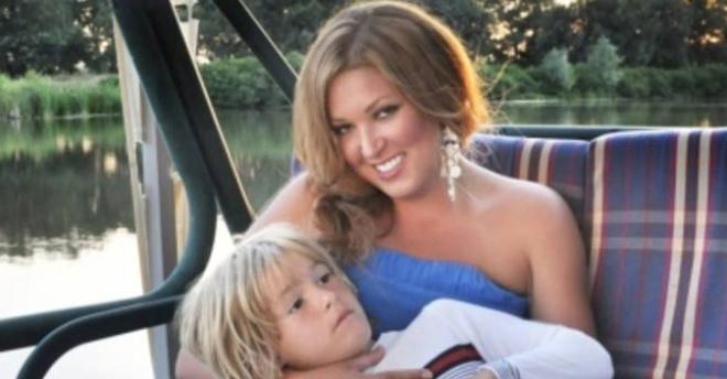 «Взял лучшее от родителей»: бывший муж Ирины Дубцовой поделился новым фото с сыном