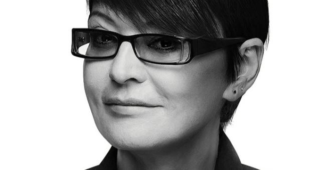 «Выглядит на 40, не больше!»: Ирина Хакамада в свои 64 года, поразила всех своей внешностью