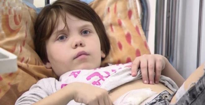 Ее оставили родные родители, когда узнали диагноз дочери