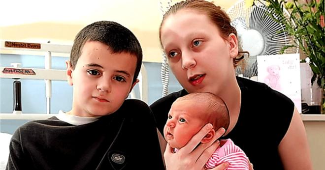 Им было 12 и 15 лет, что стало с самыми юными родителями спустя 10 лет