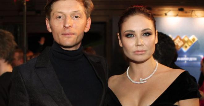 «Всем бы так»: Ляйсан Утяшева показала квартиру, в которой она, Павел Воля и дети проводят кapaнтин
