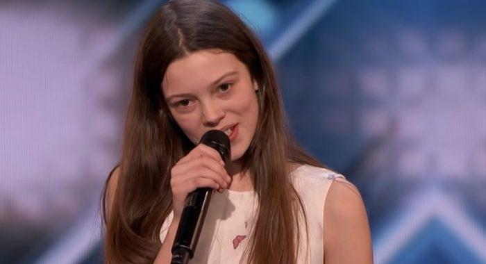Стеснительная школьница из Великобритании поразила всех на шоу America's Got Talent