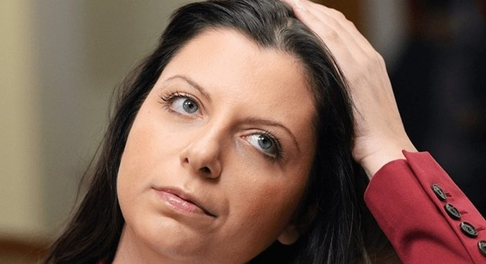 «Женщина должна выглядеть так, как хочет»: Симоньян ответила на критику по поводу своей внешности