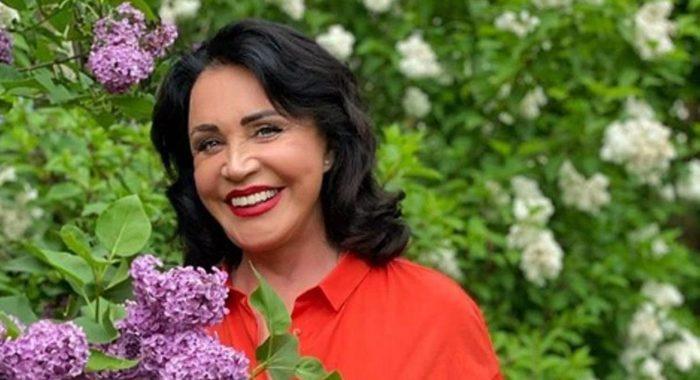 70-летняя Надежда Бабкина продемонстрировала молодежный образ и удивила поклонников
