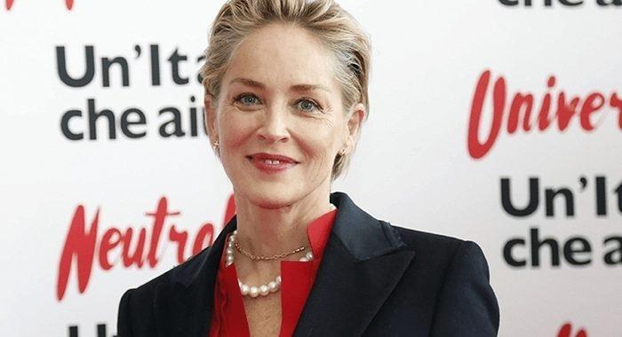 «Показала себя без прикрас» — как сейчас выглядит 62-летняя Шерон Стоун