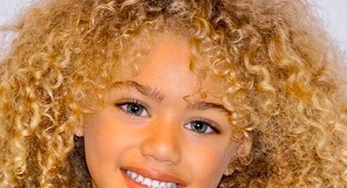 5-летняя голубоглазая малышка покоряет мир своей красотой