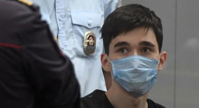 «Это всё враньё»: отец казанского стрелка впервые дал интервью