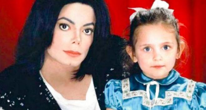 Как сейчас выглядит единственная дочь Майкла Джексона — красавица Пэрис Джексон